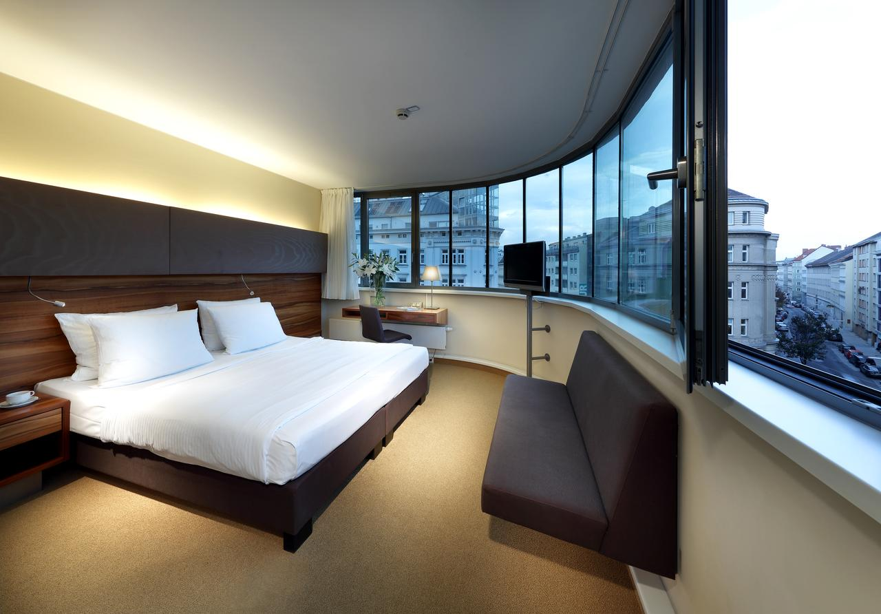Hotel Eurostars Embassy for EHA 2021