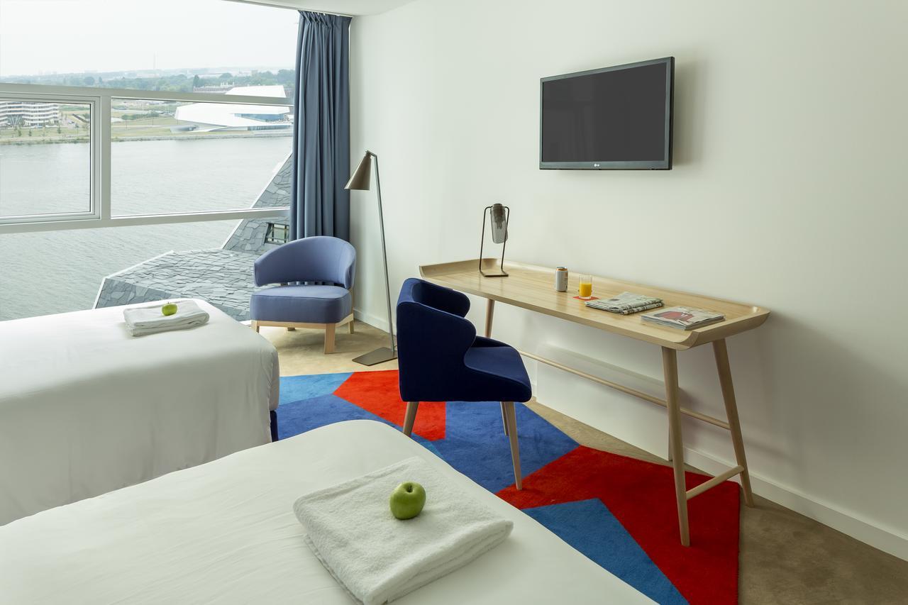Room Mate Aitana for UEGW 2020