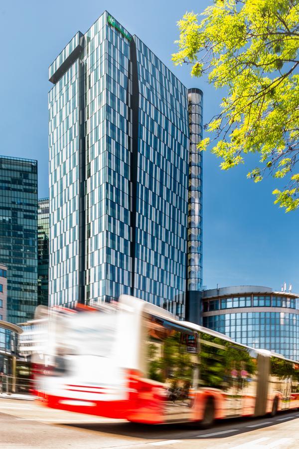 Holiday Inn Vienna - South for EAN 2021