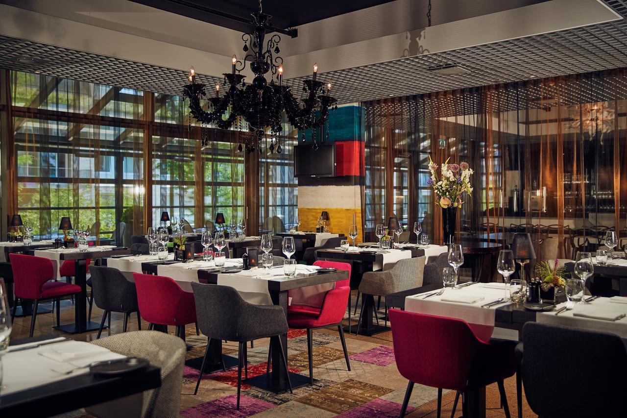 WestCord Fashion Hotel for ESCRS 2020