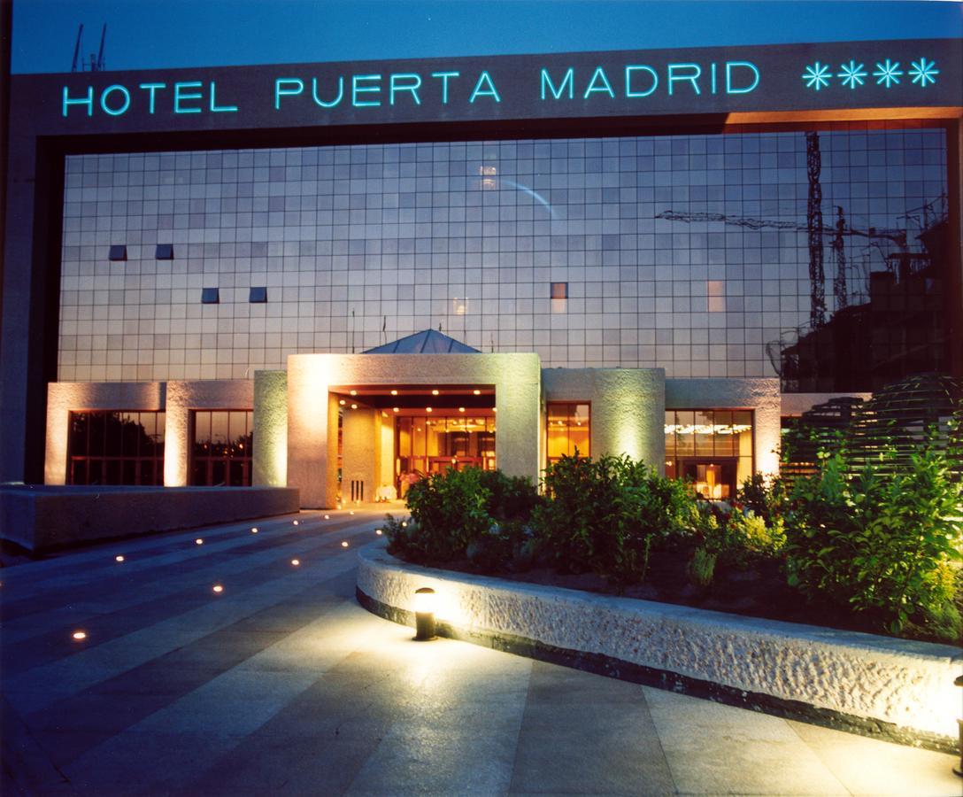 Rooms at Hotel Silken Puerta Madrid for ESMO 2020