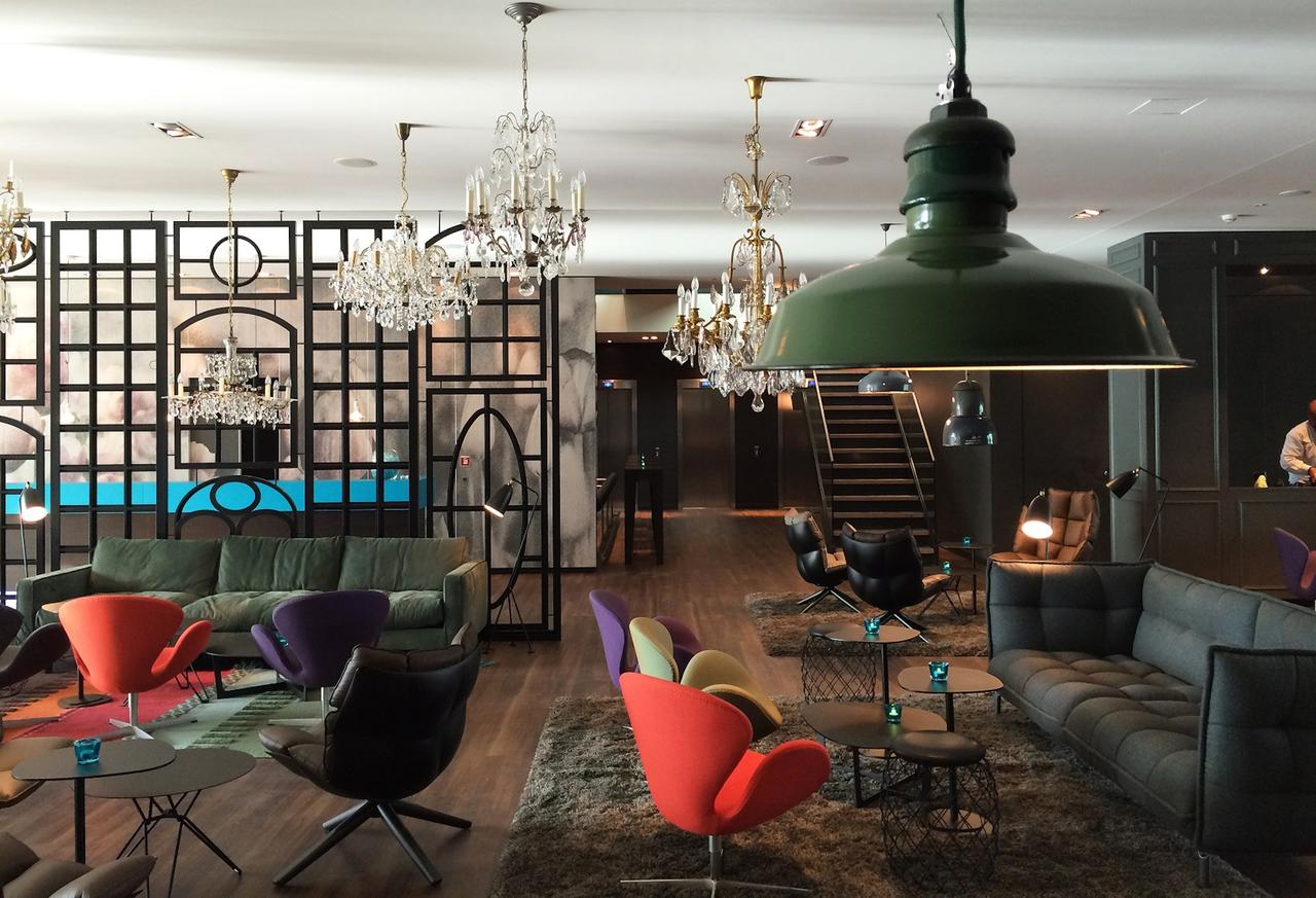 Motel One Amsterdam for ESCRS 2020