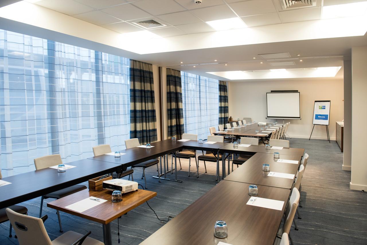 Holiday Inn Express London - ExCeL for ESC 2021