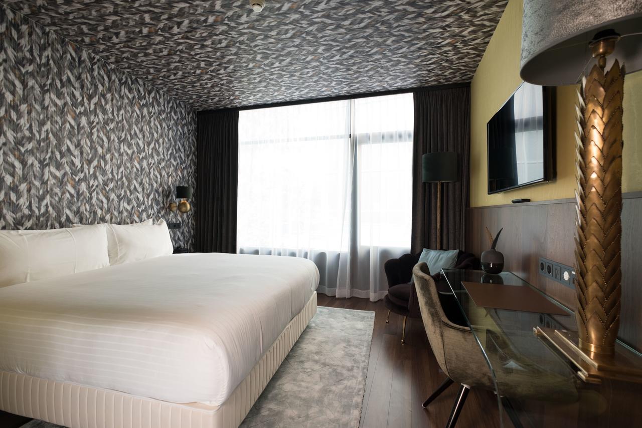 Wyndham Apollo Hotel Amsterdam for ESCRS 2020